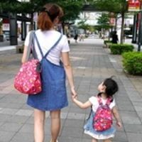 [育兒好物]Hugger超輕量+大容量時尚媽媽包+親子包